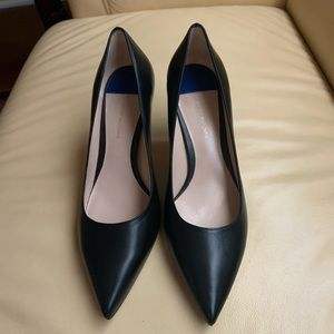 NWOB Stuart Weitzman Black Leather Pumps Size 8